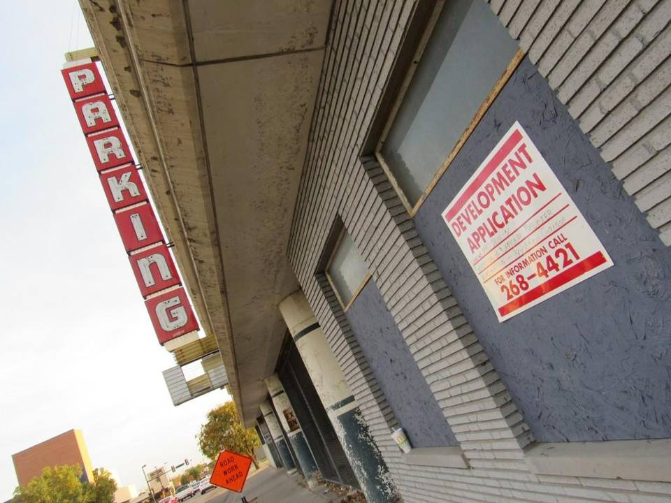 Wichita helping turn 'eyesore' parking garage into terrace apartments
